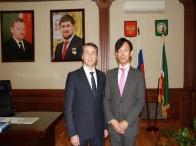 チェチェン共和国立がんセンターと国際医療交流、医療開発の協力に関わる提携調印を行いました。